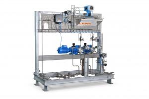 Mit Lewa Ecofoam lassen sich Treibmittel wie CO2, Propan, Butan, halogenierter Kohlenwasserstoff und Pentan mengengenau in die Kunststoffschmelze eines Extrusionsprozesses eindosieren.