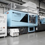 Sumitomo Demag: Neue Verpackungsmaschine und Produktionszelle für Multitouch-Display