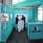 Minger präsentiert auf der Swissplastics neben aufbereiteten Fluorkunststoffen auch Regranulate aus Polyetheretherketon. (Foto: Minger)