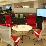 Die variable Bürolandschaft Living Office besteht komplett aus struktursteifem Schaumstoff. (Foto: Miller/JSP)