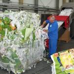 Während der Edelweiss-Tage wurden Post-Industrial-Folien mit unterschiedlichen Verschmutzungsgraden verarbeitet. (Foto: Krauss Maffei Berstorff)