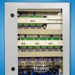 Die neuen Schaltschrank-Lösungen stellen eine ganze Reihe von Schaltsignalen systematisch und geordnet zur Verfügung. (Foto: Priamus)