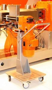 Die neue Seitenbeschickung LSB 52 XX wird zum Zudosieren von Pulvern und Fasern verwendet. (Foto: Leistritz)