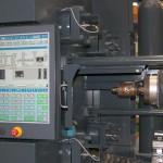 Die neue Steuerung SC 1301 verfügt über alle Funktionen, die heute notwendig sind, um einen komplexen Spritzgießprozess darzustellen. (Foto: Stork)