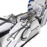 Blick auf die Spritzaggregate der Macropower-Sandwich-Maschine von oben. (Foto: Wittmann Battenfeld)
