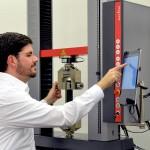Zwick: Tablet-Bedienung für Prüfmaschinen