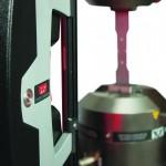 Instron: Video-Dehnungsaufnehmer erhöht Messgenauigkeit