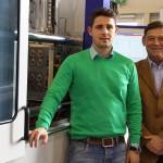 v.l.n.r.: Ing. Benjamin Fellinger, Geschäftsführer Elasmo Systems, Wolfgang Glawatsch, Vertrieb Wittmann Battenfeld. (Foto: Wittmann Battenfeld)