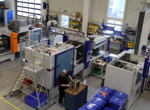Technikum Elasmo Systems mit Maschinen von Wittmann Battenfeld. (Foto: Wittmann Battenfeld)