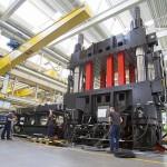Engel: 36.000-kN-Maschine für Composite-Forschung