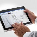 Mit dem kompletten Informationspaket in der Hand können notwendige Ersatzteile direkt an der Maschine bestimmt und bestellt werden. (Foto: Krauss Maffei)