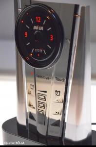 3D-Sensitive-Touch, BÖ-LAs kapazitive Sensortechnologie für 3D-geformte Bauteile mit berührungsempfindlichen Oberflächen am Beispiel des mp3-Weckers. (Foto: BÖ-LA)