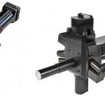 Der neue Mischkopf JL 32 (l.), entwickelt für hohe Austragsleistungen bei Hartschaum-Anwendungen, und der der neue Mischkopf FPL SR (r.) zur Injektion von Hartschaum in Gehäuse von Kühl- und Gefriergeräten bieten einen laminaren Austrag und gute Vermischungsqualitäten. (Fotos: Cannon)