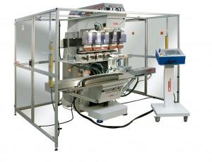 Mit bis zu fünf Farben kann die Tampondruckmaschine XE-16 von Comec ausgestattet werden. (Foto: Comec)