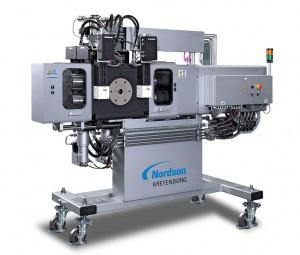 Der V-Typ-Siebwechsler verfügt über ein automatisiertes, hydraulisch betriebenes Rückspülsystem. (Foto: Nordson)