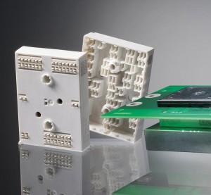 Ultradur B4450 G5 wird in der Serienproduktion der Leistungshalbleitermodule MiniSKiiP Dual von Semikron eingesetzt. (Foto: BASF)