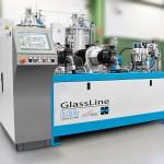 Glassline ist die weltweit erste speziell zum Umgießen von Fahrzeugscheiben konzipierte Gießmaschine. (Foto: BBG)