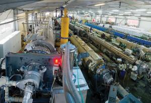 Ansicht der Produktionshalle von Tehno World mit der neuen 1,2-m-Rohrextrusionslinie. (Foto: Tehno World)