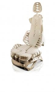 Design-Studie für einen additiv mit der EOS-Technologie hergestellten Autositz. (Foto: M. Kandler/Fraunhofer IPA)