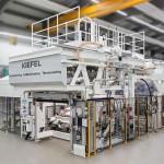 Kiefel: Vakuumthermoform-Anlagen für komplexe Instrumententafeln