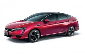 Honda hat im Brennstoffzellenauto Clarity Fuel Cell den ersten serienmäßigen, im Hybrid-Molding-Verfahren produzierten Stoßfängerträger weltweit realisiert. (Foto: Honda Motor Co.)