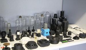 Typische, bei Ackermann hergestellte Kleinteile für den allgemeinen Maschinenbau. (Foto: Wittmann)