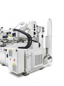 Ideal für schnelllaufende Anwendungen: Der elektrische Schneckenantrieb der Plastifizierung sorgt für ein paralleles Plastifizieren, der Speicher für eine erhöhte Einspritzleistung. (Foto: Krauss Maffei)