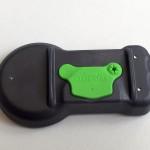 Für einen Hersteller von Reifendruck-Kontrollsystemen produziert Weiss die Sensorgehäuse im 2K-Verfahren. (Foto: Weiss)