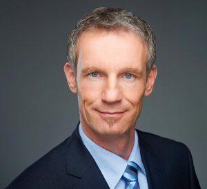 """Christian Wiedemann, Vertriebsleiter bei KBR: """"Bei der Analyse der Daten fiel auf, dass regelmäßig 15 Minuten andauernde Lastspitzen auftreten, die die Kosten in die Höhe treiben."""" (Foto: KBR)"""