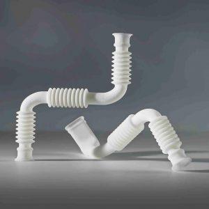 Flexible Verbindungsrohre und Schläuchen mit sehr kleinen Durchmessern aus lasergesintertem TPU. (Foto: FKM)