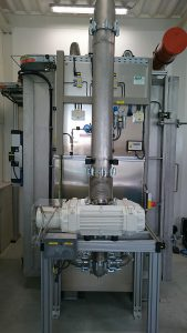 Wälzkolben-Vakuumpumpe Puma als Gasumwälzpumpe an einer Fluorierungsanlage. (Foto: Busch)