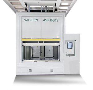 Die WKP 1600 S ist während der Messe mittels Animation in einen Gesamtverbund von fünf Pressen integriert. (Foto: Wickert)