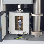 Der Eplexor charakterisiert die thermomechanischen Eigenschaften von Kunststoff, Gummi oder Verbundwerkstoffen. (Foto: Netzsch)