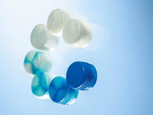 Schnelle Farbänderungen sind mit dem Einsatz von Reinigungsgranulat realisierbar. (Foto: Chem-Trend)
