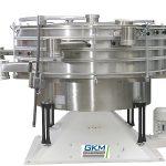 Niederfrequente Taumelsiebmaschine KTS, die Kunststoffe fraktioniert - sowohl als Pulver als auch Granulate. (Foto: GKM Siebtechnik)