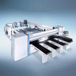 Mit der horizontalen Kunststoffsäge HPP 500 P lassen sich Kunststoffplatten mit über sechs Metern Länge effizient und ergonomisch zuschneiden. (Foto: Holzma)