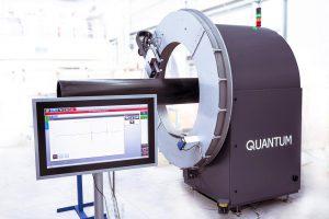 Das Quantum 360 ist das erste industrielle Terahertz-Wanddickenmesssystem für die Extrusion von Kunststoffrohren zur Absolutmessung der Wanddicke. (Foto: Inoex)