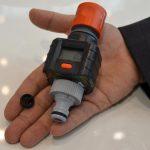 In dem Wasser-Durchflussmesser dient der spritzgegossene Magnet gleichzeitig als Turbinenrad und Signalgeber für die Messung. (Foto: K-AKTUELL)