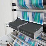 iPQ-Check verfügt über leistungsstarke Zeilenkameras, die über das gesamte Druckformat detailreiche Farbdaten liefern und die Produktionsergebnisse protokollieren. (Foto: BST eltromat)