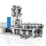 Doppelschneckenextruder der 32D-Baureihe für die effiziente Produktion von hochwertigen PVC-Schaumplatten. (Foto: Krauss Maffei Berstorff)