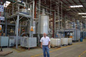 Die Heißwaschanlage für PET-Bottle-Flakes der Herbold Meckesheim sorgt für hohe Regeneratqualität bei Invema. (Foto: Invema)