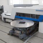 Dieffenbacher: Automatisierte Anlagen für Composite Bauteile