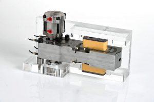 Die neue Druckplatte besteht aus einem speziellen Material mit geringer Wärmeleitfähigkeit. (Foto: HRSflow)