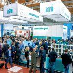 Der Meusburger-Messestand bietet neueste Produkte zum Anfassen und Ausprobieren. (Foto: Meusburger)