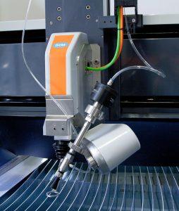 Der Schneidkopf TAC/12 erlaubt ein Schneiden ohne Winkelfehler. (Foto: STM)