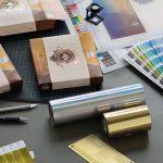 Kurz Instant Prototyping erstellt in kürzester Zeit kundenindividuell veredelte Verpackungsmuster. (Foto: Kurz)