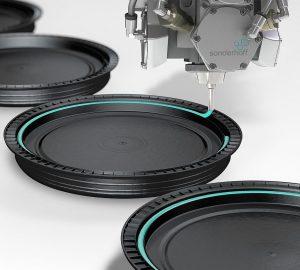 Der PU-Schaum Fermapor K31 wird als nahtlose Deckeldichtung von Lebensmittelbehältern eingesetzt. (Foto: Sonderhoff)