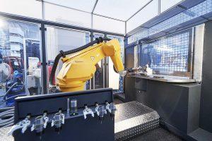 Roboter und Werkzeugwechsler bilden eine Einheit. (Foto: MBFZ)