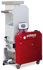 Die transportable Mühle kann einfach von Maschine zu Maschine verschoben werden. (Foto: Wittmann)