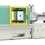 Auf einem für die Massenfertigung von Verpackungsartikeln ausgelegten Allrounder 570 H in Packaging-Ausführung wird eine schnelllaufende Anwendung gezeigt. (Foto: Arburg)